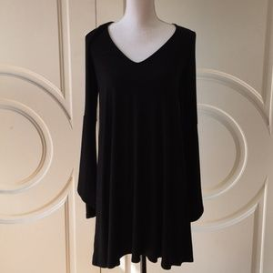 NWOT AEO Black V-Neck Long Sleeve Bell Dress